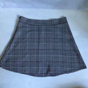 Brandy Melville Grey Plaid Skirt